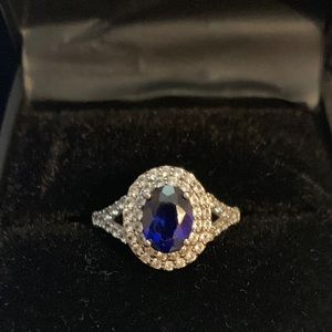 Size 7 sapphire cocktail ring